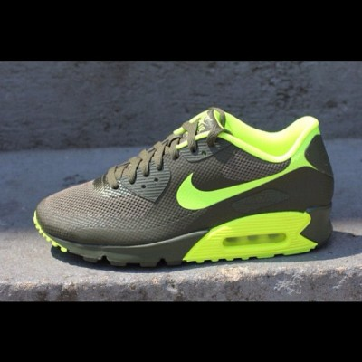Nike Air Max 90 Hyperfuse Cargo Khaki Volt #nike #air #max #airmax #90 #hyperfuse #swag #fashion #shoes #kicks #kickz #shoe #footwear #cool #fresh #fly #photography #illustration #graphic #picture #drawing #cargo #khaki #volt (Taken with Instagram)