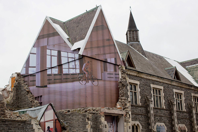 polychroniadis:  Ιn Christchurch, New Zealand, 10 massive optical illusion-inducing mixed-media art pieces by Mike Hewson pay homage to the former Christchurch Normal School which opened in 1876. The building was damaged badly by the 2012 earthquake and it is now destined for demolition.