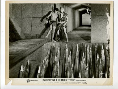 production still for Land of the Pharaohs.