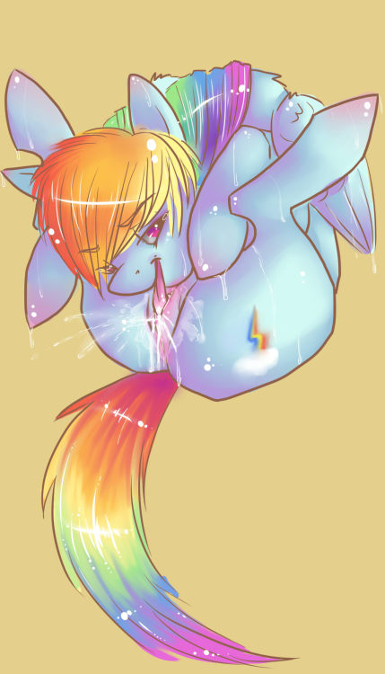 newcloppingrepublic:  somebody requested some rainbow dash.