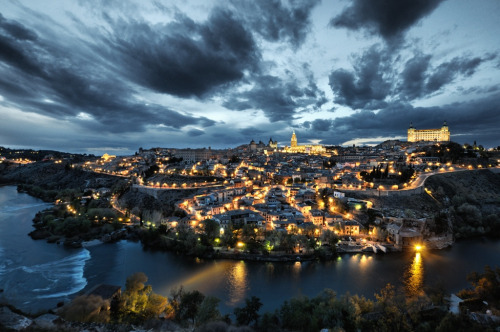 allthingseurope:  Toledo, Spain (by darkrigel)