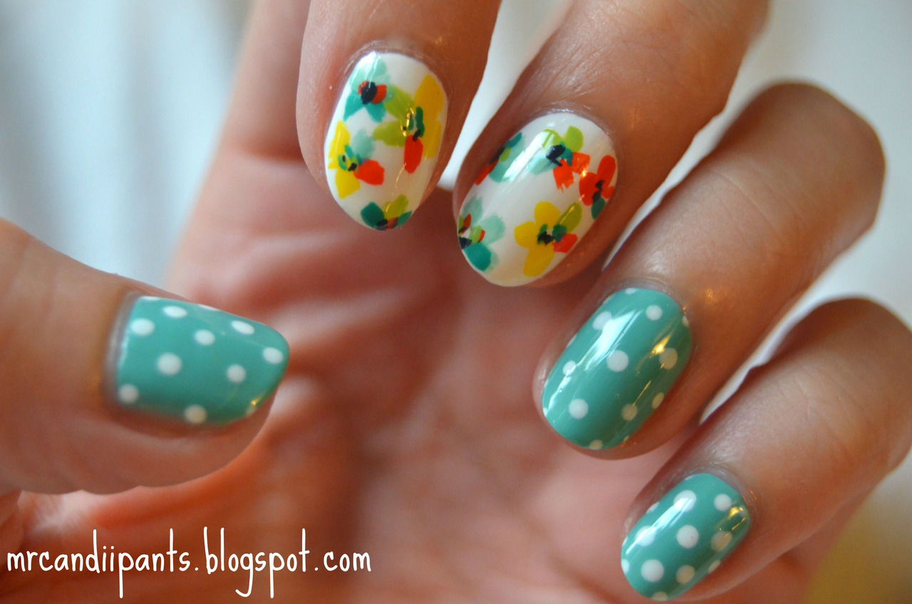 mrcandiipants:  Here's a blog post to go along with this nail art! I'm off to paint the nails of tons of little girls for a swim meet tomorrow. Go Marlins!