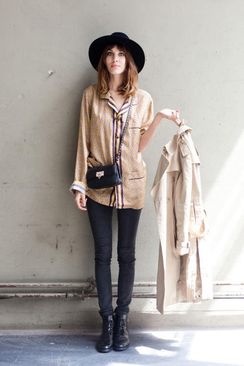 monsieurwintour:  Alexa Chung - London Fashion Week