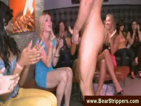 Naked dancing on girlpartyporn videotime 9:41 minLink: http://is.gd/2IWIzm