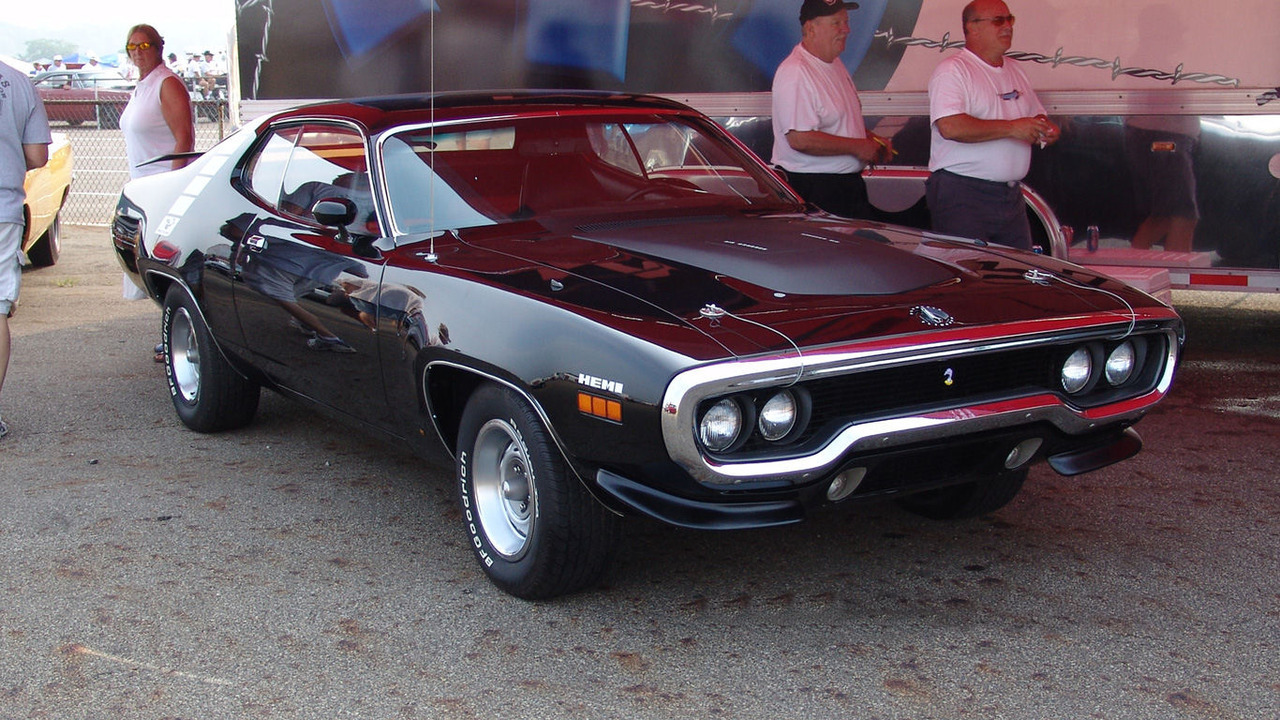 and-the-distance:  1971 Plymouth Hemi Roadrunner