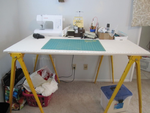 its-a-duckpond:  Oh sewing table, I missed you so much!