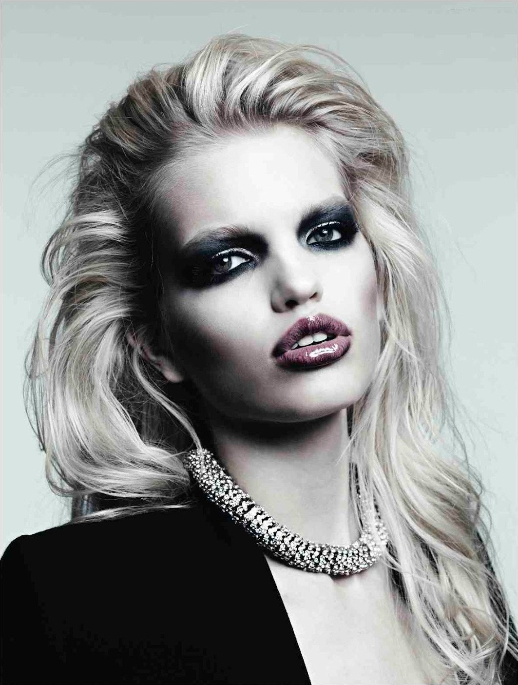 framenoir:  Daphne Groeneveld by Hedi Slimane for the April 2012 issue of Vogue Russia.