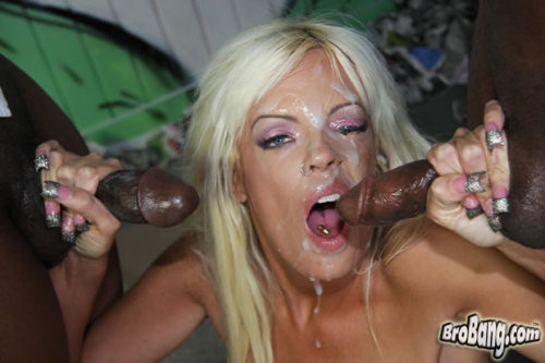Blond girl so hornyHard Sex Tubetime 4:59 minLink: http://is.gd/phRcaO
