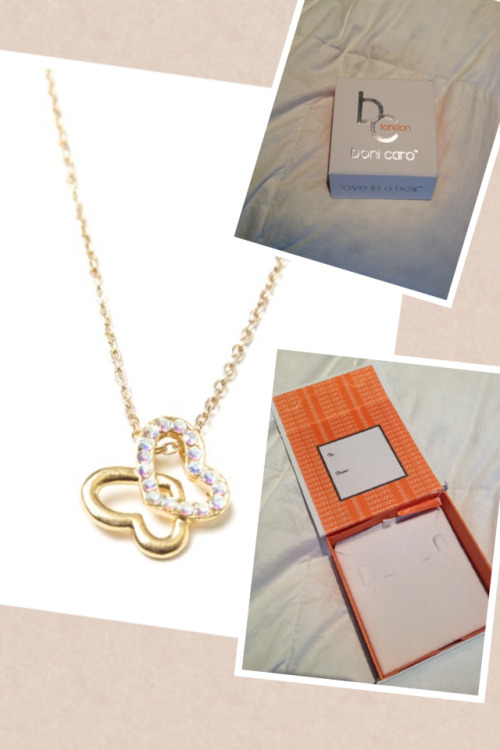 eclairs-for-models:  PRODUCT REVIEW FOR VERONA NECKLACE What I love about it:  I love the cute and neat sparkles they put on the simple design to make it really pop.  It has several holes in the back so you can clip the necklace to fit you right.  Its an everyday accessory that is really adorable!  The box that Boni Caro ships the jewelry is also just a huge plus.  The box is so cute and really modern.  It is perfect for a gift! Where to buy it:  https://marketplace.asos.com/boutique/boni-caro—-love-in-a-box/collection