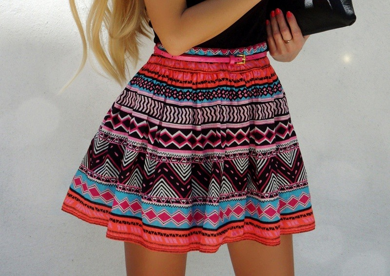 d-a-i-s-y-k-a-i:  love the skirt