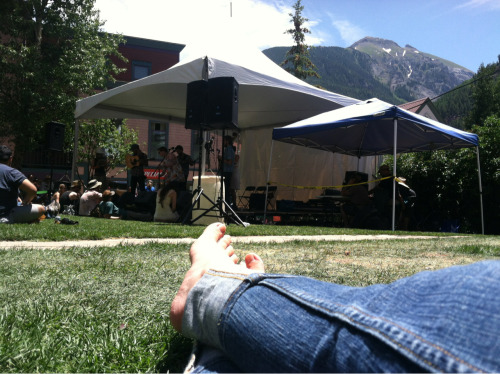 Here's to live music. Friends. Mountains. Love.