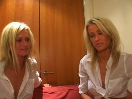 Twins home alonesex videotime 6:10 minLink: http://is.gd/Al04ay
