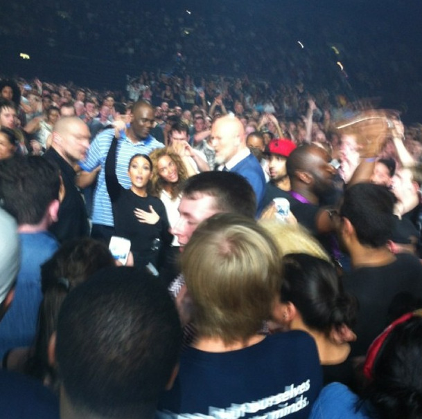Mwahaha Kim K + Beyonce at Watch The Throne concert tonight.