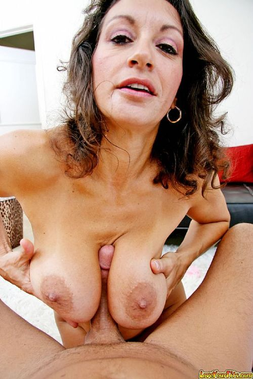 Pull your cocks outsex videotime 10:19 minLink: http://is.gd/6UHW5W
