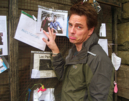 21/40 pictures of john barrowman