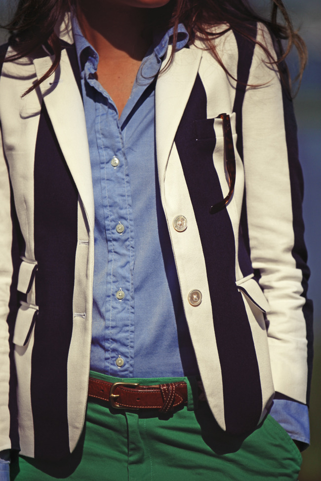 I love the combination of colors and the striped blazer.