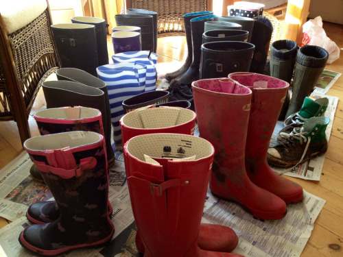 Clean wellies!! Thank you, thank you lovely guests for helping to spare our house from all the Festival mud! Much appreciated :) A famous fry up to say thanks? Hope you all had fun last night, we did! Pearl Jam this evening, whoop!  The Caledon Guest Housewww.the-caledon.co.uk