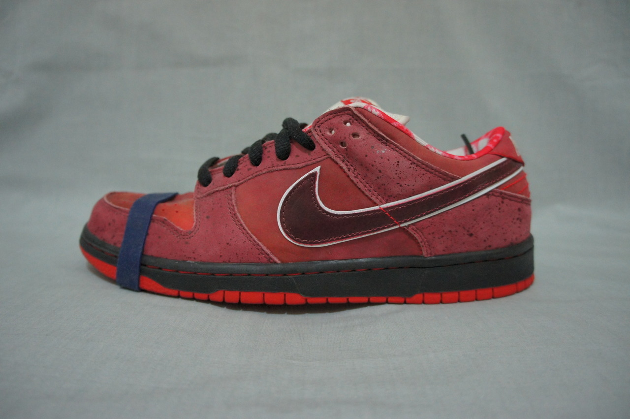 Selling my Deadstock Nike SB Lobsters! They are in near new condition so check them out and bid bid bid!  http://www.ebay.com.au/itm/Nike-SB-Lobster-Dunk-Low-Premium-size-10-/190700887070?pt=AU_Men_Shoes&hash=item2c66a89c1e#ht_500wt_1219