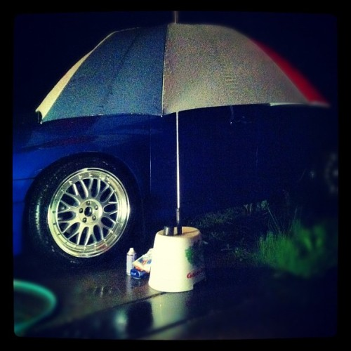 #iphoneography #clean #after #wheels #rims #supercutecrew #gettingready #umbrella (Taken with Instagram)