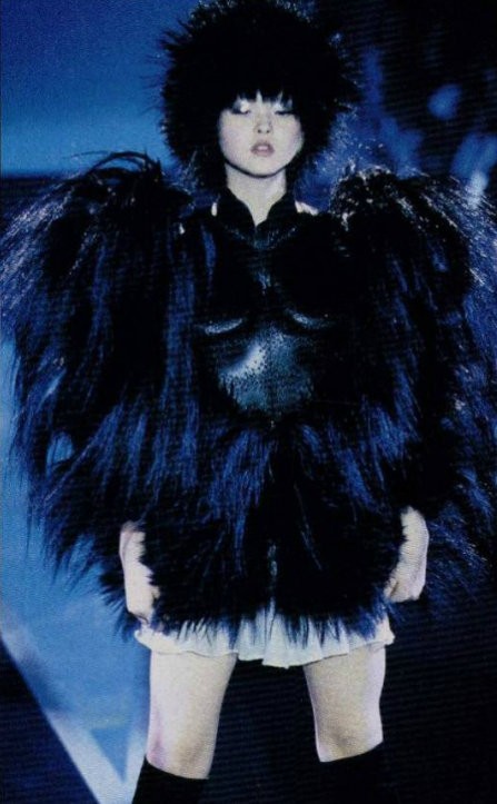 somethingvain:  Thierry Mugler Haute Couture S/S 1998, Devon Aoki
