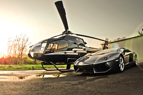 theylivebetter:  Aventador & Heli .. I thought it was posted before.. via xdeff   .