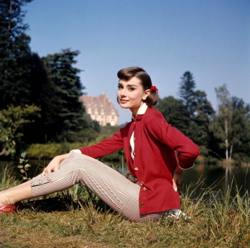 theniftyfifties:  Audrey Hepburn in 'Love in the Afternoon', 1957.