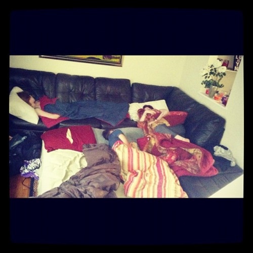 Look at them all. Sleeping biddies lmao #dead #biddies #aftermath #sleepover #couch #bed #derek @sarahisabear @brylexington  (Taken with Instagram at Very Intimate Pleasures)
