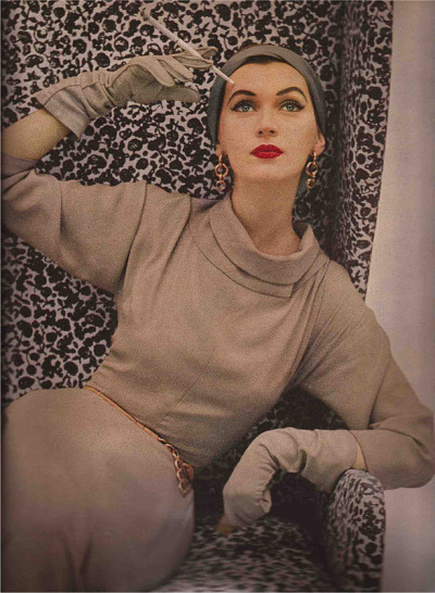 Harper's Bazaar/July 1952/by Richard Avedon