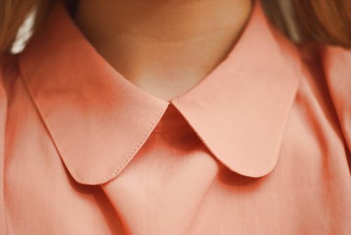 feetcold-and-eyesred:  collar by lovisa ranta on Flickr.