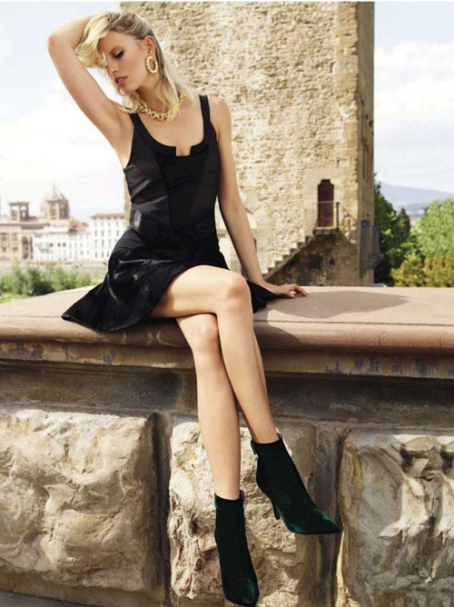 extrasexy:  Karolina Kurkova | Miguel Reveriego | Vogue Spain July 2012 |