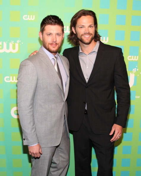 the-supernatural-horror-disco:  Jensen Ackles and Jared Padalecki at The CW Network's 2012 Upfront [x]