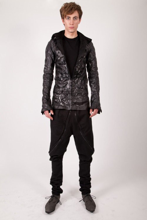 James Kearns – Winter 2012 (1st collection) A young designer to keep an eye on.