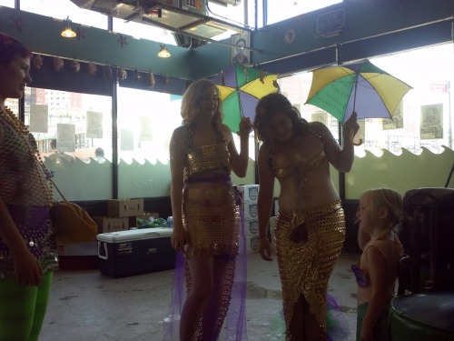 Anna hanging out with her sister mermaids