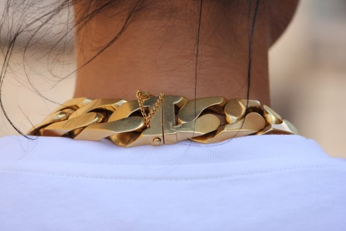 icekev:  BACK CELINE I-D NECKLACE VIA
