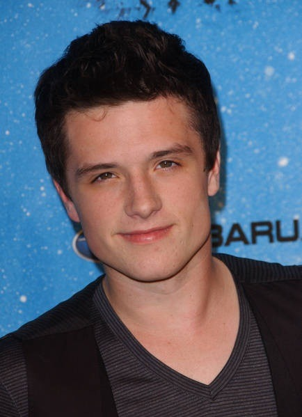 lovemakesmeblind:  12/50 flawless boys in no particular order - Josh Hutcherson