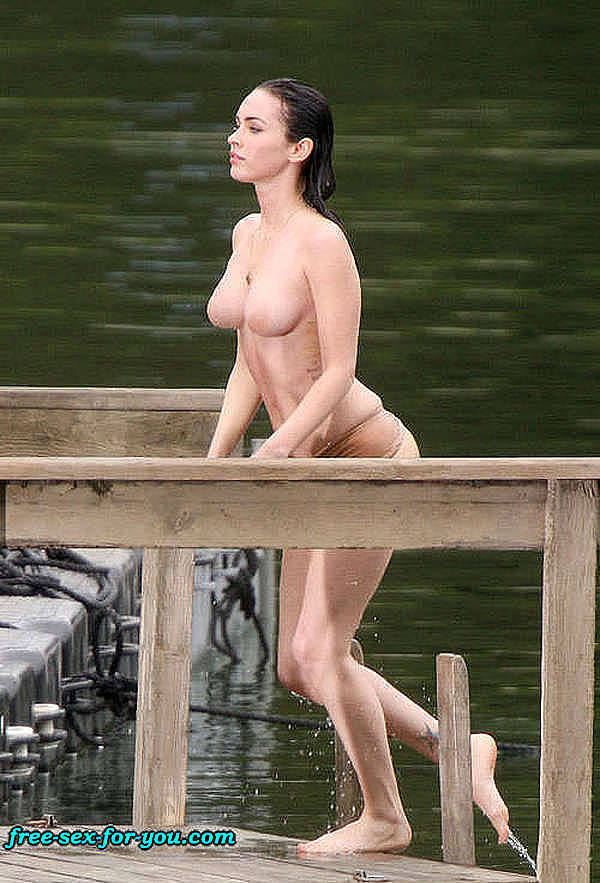 Megan Fox naked for a movie … but if you look carefully, she's wearing a bodystocking …
