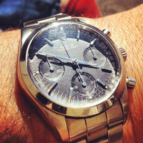 Sunny Rolex Pre Daytona! Enjoy your weekend! #picoftheday #instagram #wristshot #montres #watchgeek #wristwatch #horology #rolex #rolexforum #rolexwatches #daytona #rolexdaytona #womw #watch #watchgeek #watchlove #watchporn #watchfreak #sexy #swisswatches #switzerland (Pris avec Instagram)