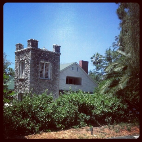 An old house next to the Altadena Library (Taken with Instagram)
