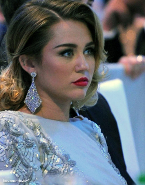 1/20 pictures of Miley Cyrus.