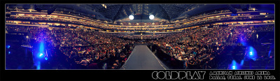 coldplay:  Here's Roadie #42's panorama shot of last night's Dallas crowd (head to http://cldp.ly/dallaspana for the hi-res version)  I know what it feels like to stand in that crowd…