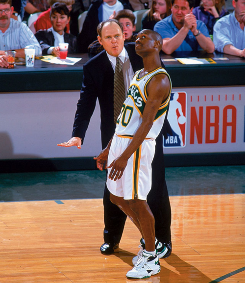 An amazing picture of Gary Payton and George Karl.