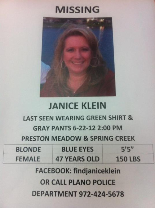 l-o-v-e-o-l-d:  My best friends mom went missing yesterday in Plano Texas. I'm posting this just to get it out a much as possible. This is her picture and information. Please reblog.