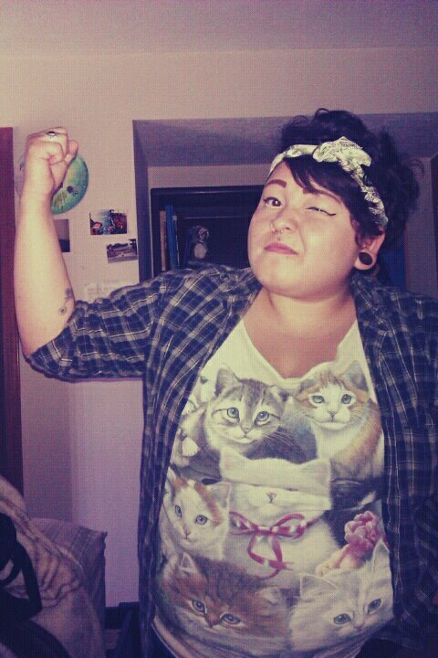 adarkcongregation:  KITTEN CHOLA SWAG.My bandana has hunnnerd dolla bills on it too.Also wearing some tow up shorts that I cut a lot and my lumps and no butt are hanging out and I feel sessy as fuck with my ripped nylons lookin' swagged out with my beer gut.GET AT ME.   So attractive.