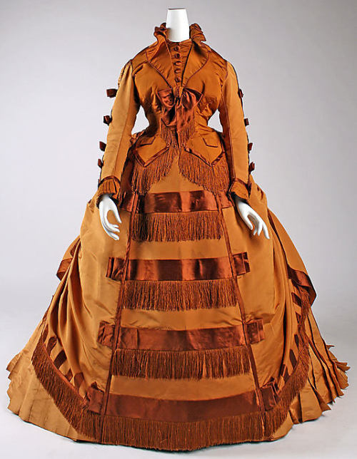 Dress Depret, 1867-1871 The Metropolitan Museum of Art