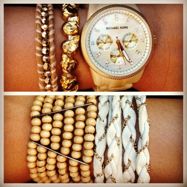 Arm candy😍 #michaelkors #skulls #beads #braidedband #woodenbeads #gift #weaved #chains #white #pearl #ivory #instafashion #summer #feelingood (Taken with Instagram)