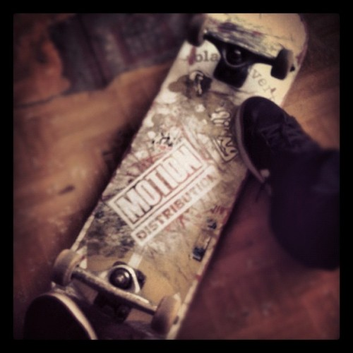 Just skateboard #motionsk8 #skateboarding #sunday #letsroll #instagram  (Taken with Instagram)