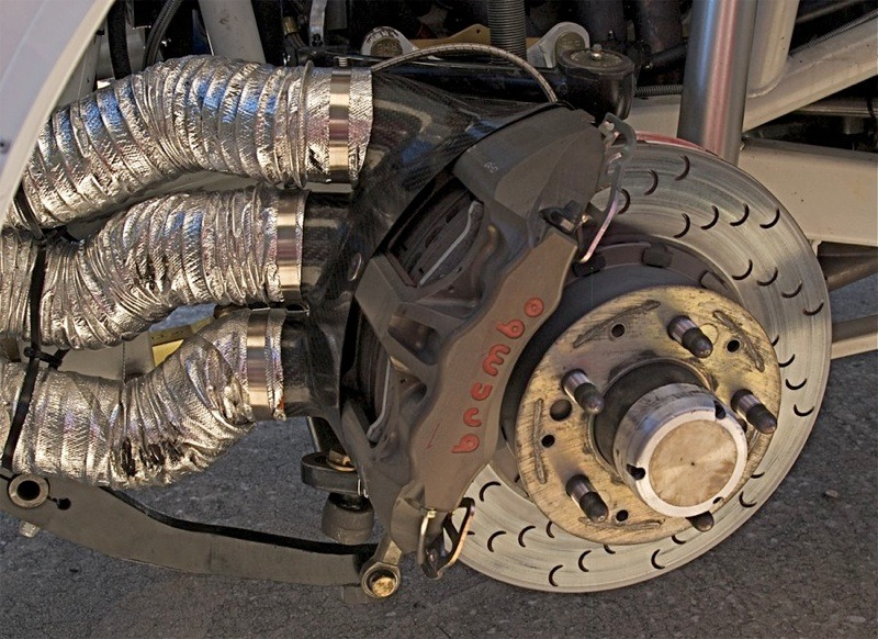that911:  That is a lot of brake cooling