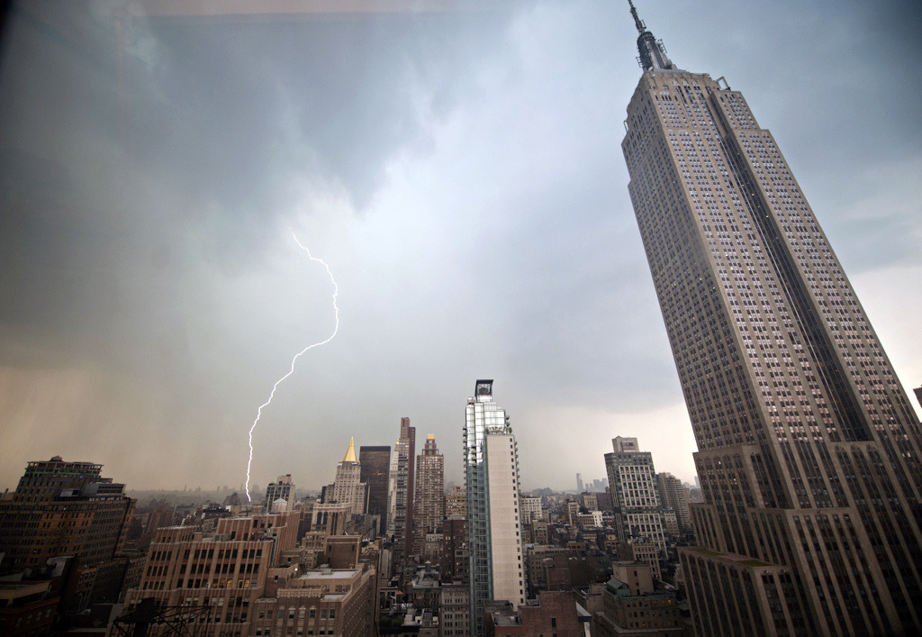 tscp:  Manhattan Storm (by navid j)