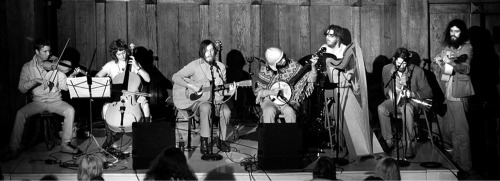 Vetiver (featuring Devendra Banhart) performing at Swedish American Hall in SF on January 20, 2005. Currituck Co, M.C. Taylor and Michael Hurley also performed.
