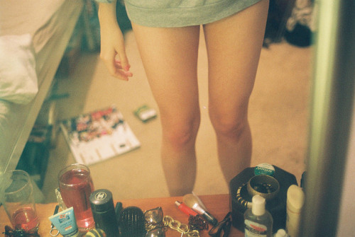 alwaysbedopenesss:  Legs by kate hook on Flickr.